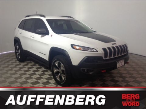 Certified Pre-Owned 2018 Jeep Cherokee Trailhawk